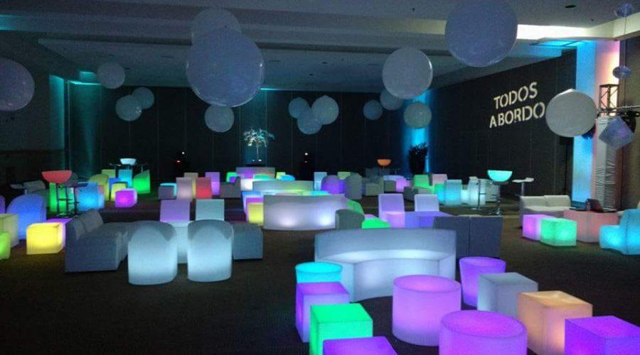 Renta de Mobiliario Iluminado y Salas LED